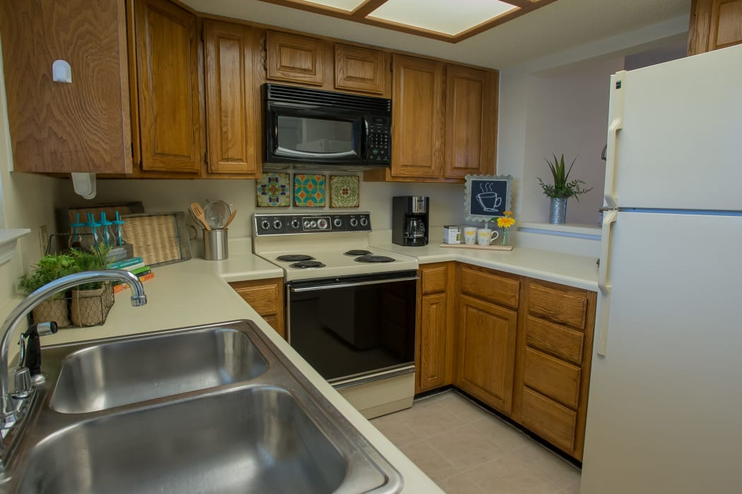 Kitchen at Creekwood Apartments in Tulsa, Oklahoma