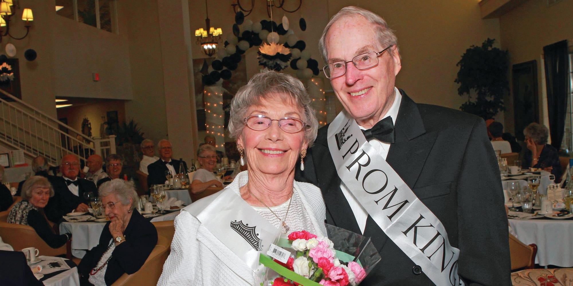 Residents enjoying prom night at Linwood Estates Gracious Retirement Living in Lawrenceville, Georgia