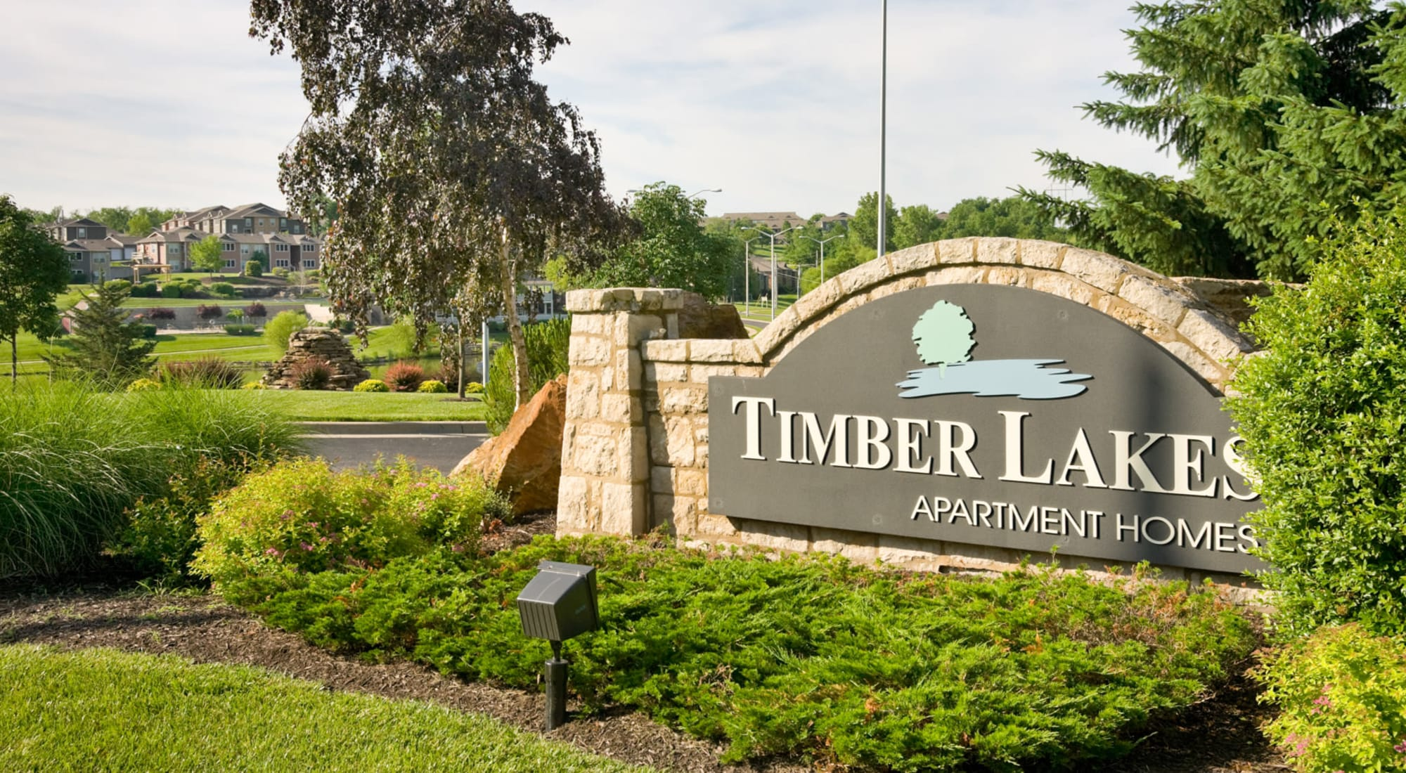 Neighborhood at Timber Lakes Apartment Homes in Kansas City, Missouri
