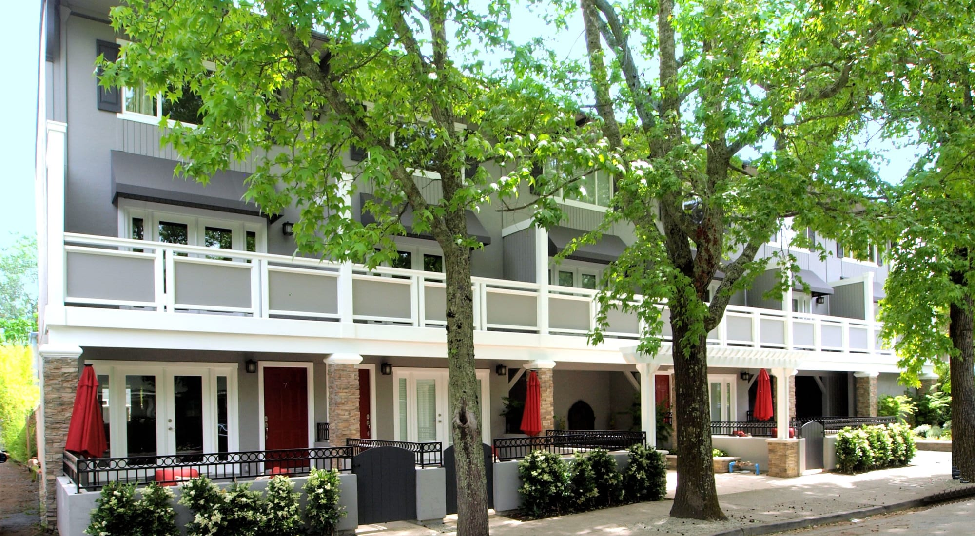 Apartments at 35 Tam in San Anselmo, California
