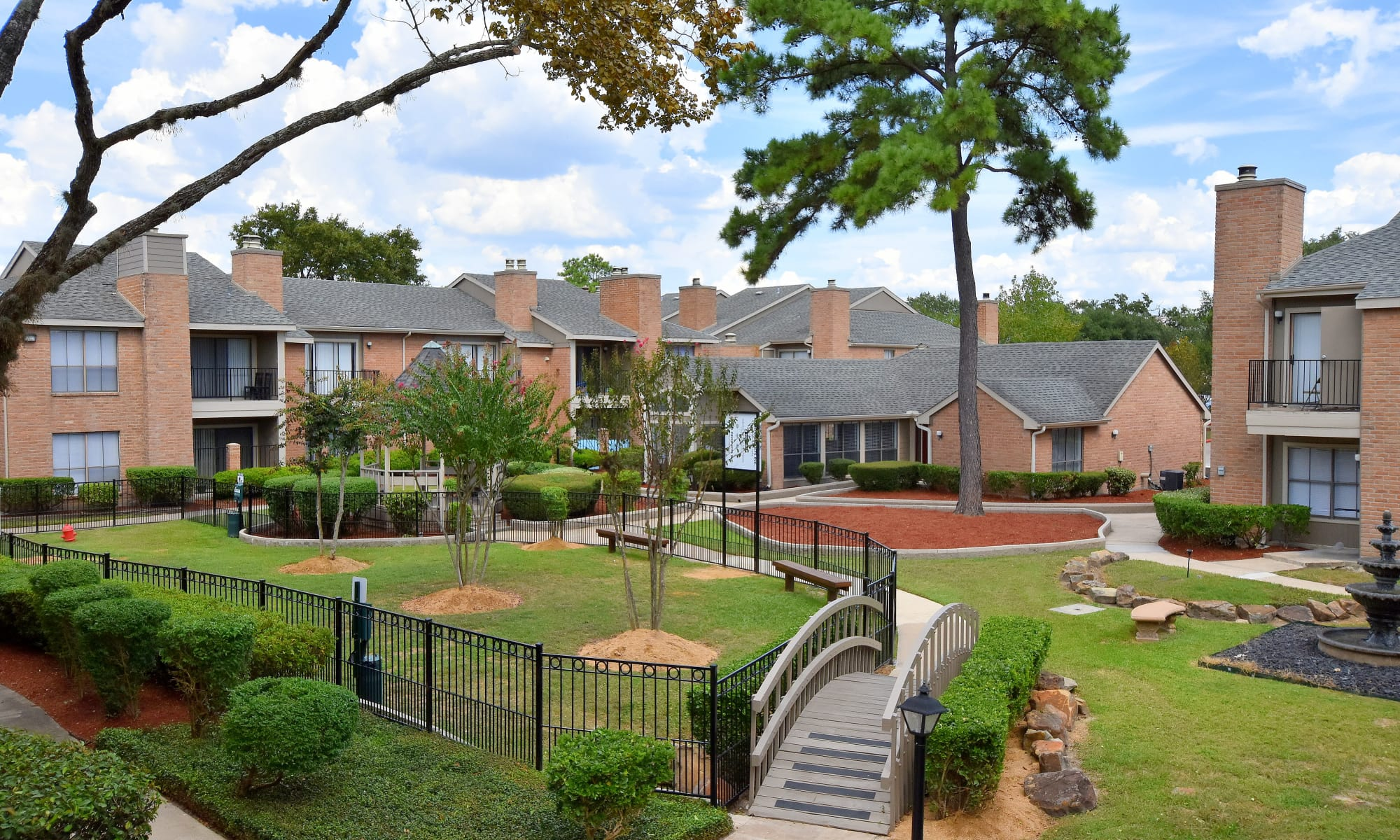 Deerbrook Garden Apartments in Humble, TX