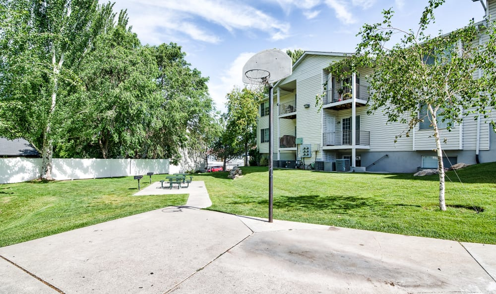 Basketball Court at Cherry Lane Apartment Homes in Bountiful