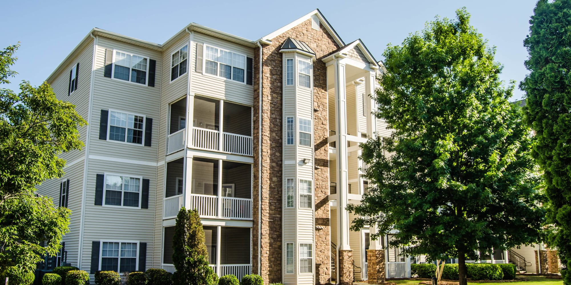 Lullwater at Saluda Pointe Apartments in Lexington, South Carolina