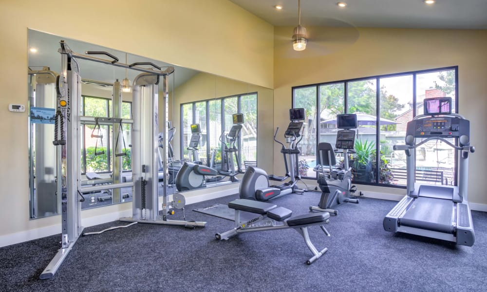 Bradford Pointe offers a luxury fitness center in Austin, Texas