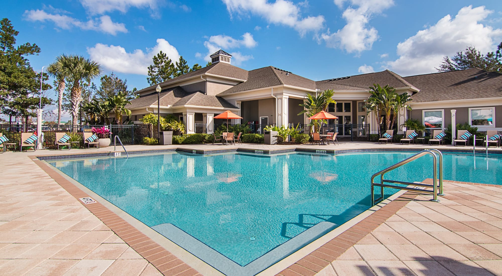 Apartments at Landings at Four Corners in Davenport, Florida