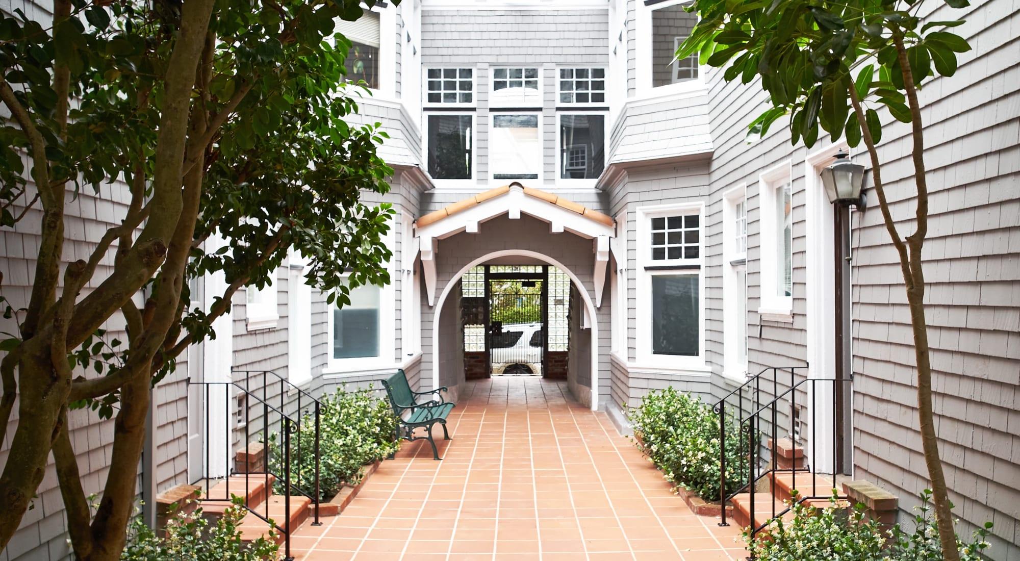 833 Ashbury apartments in San Francisco, California
