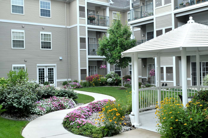 Lush courtyards at All Seasons of Rochester Hills in Rochester Hills, Michigan