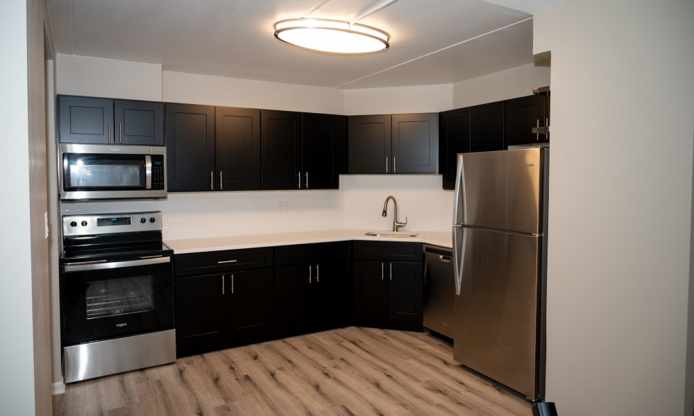 Fully equipped kitchen at Mandalane Apartments in Wheeling, Illinois