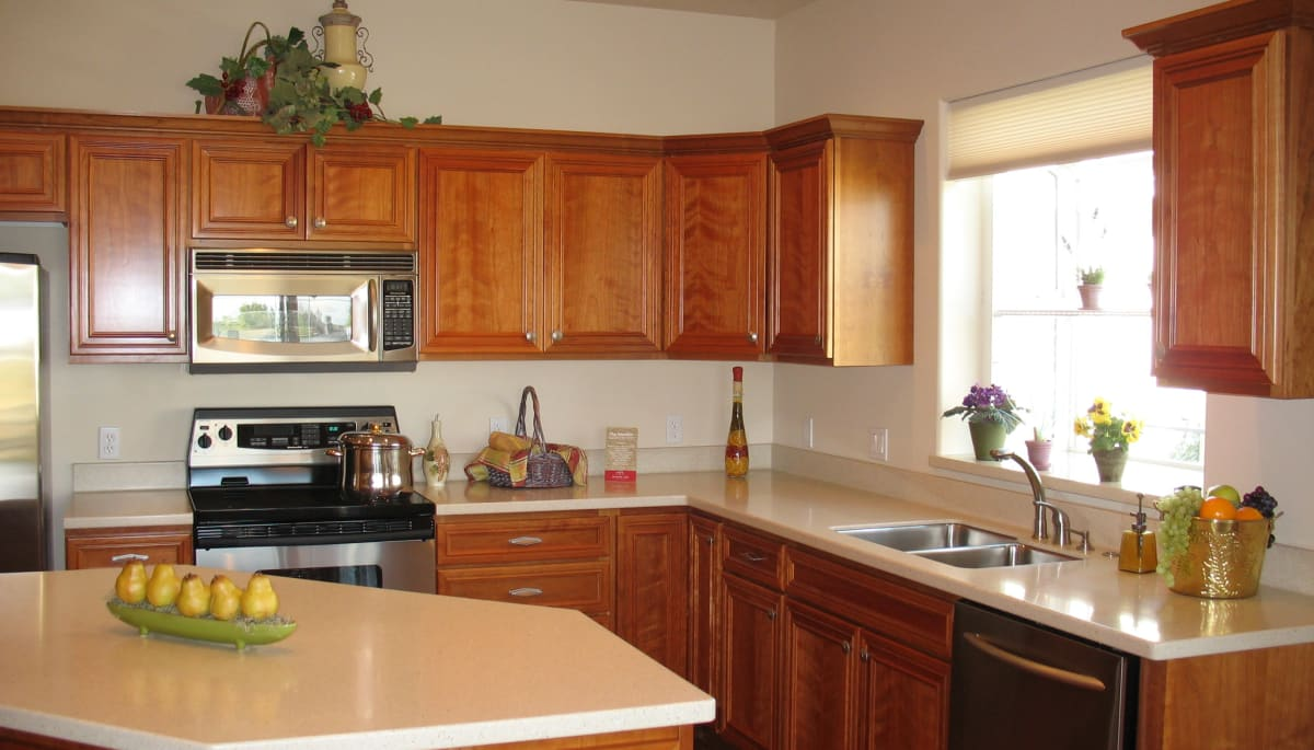 An apartment kitchen at Touchmark at Meadow Lake Village in Meridian, Idaho