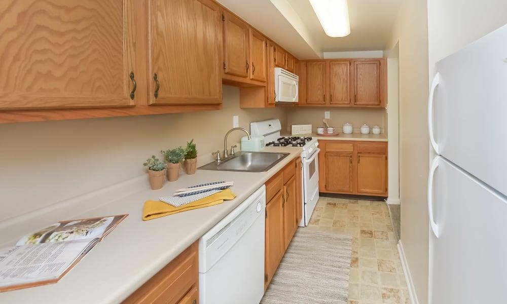 Classic Kitchen at Strafford Station Apartments in Wayne, Pennsylvania