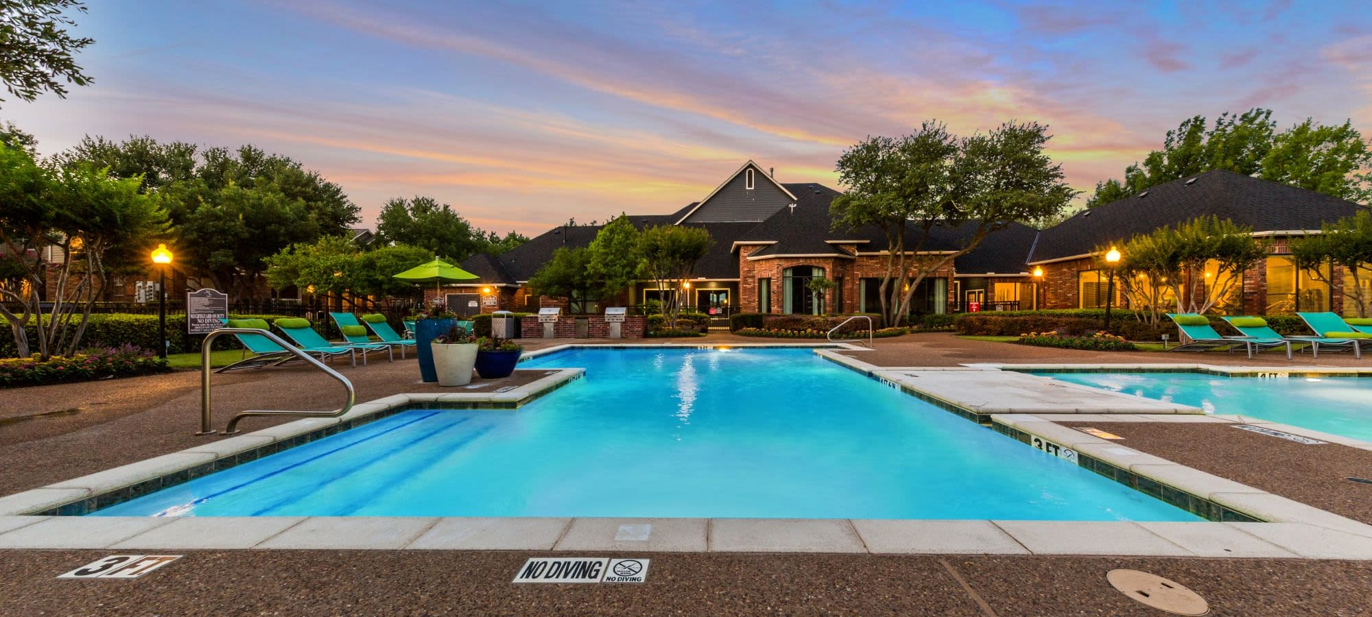 Schedule a tour of Marquis at Stonebriar in Frisco, Texas