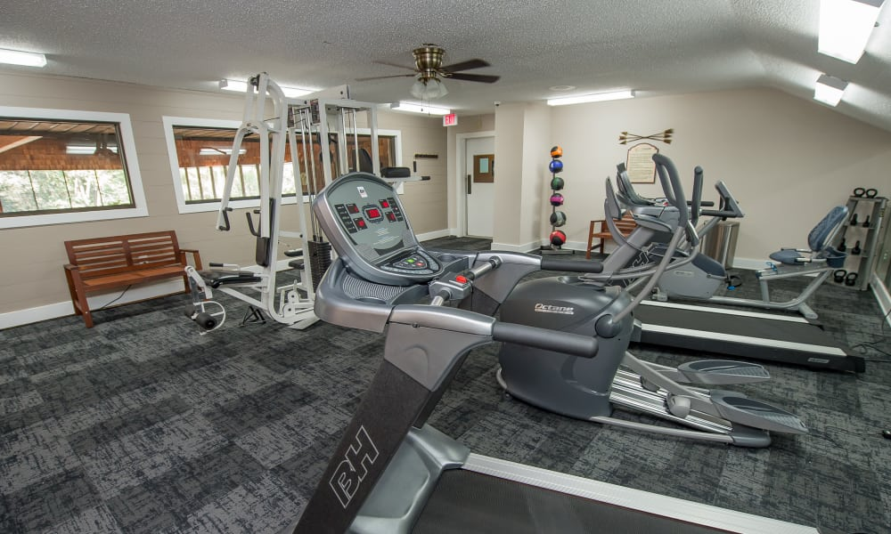 Spacious workout facility at Sunchase Ridgeland Apartments in Ridgeland, Mississippi