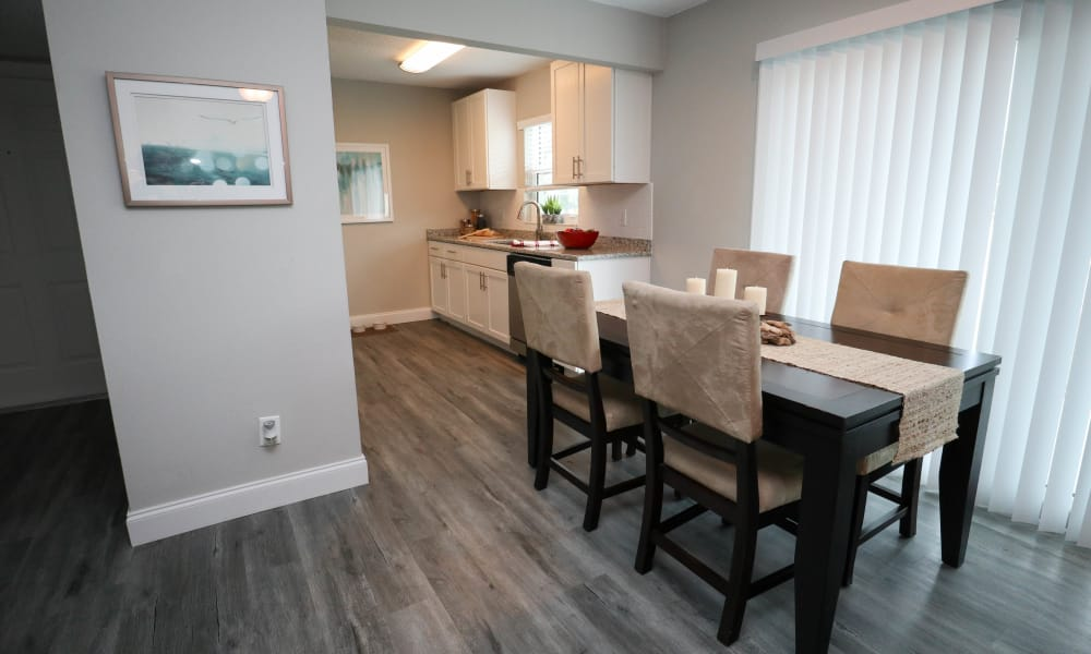 Fully renovated apartment dining room at Ridgeview in Seminole, Florida