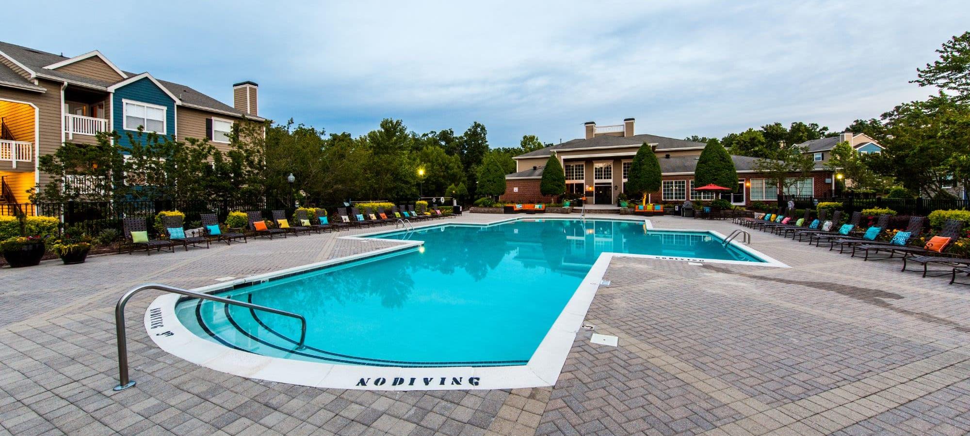 Apply to live at Marquis at Silverton in Cary, North Carolina