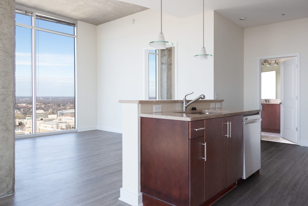 2 bedroom apartments uptown charlotte
