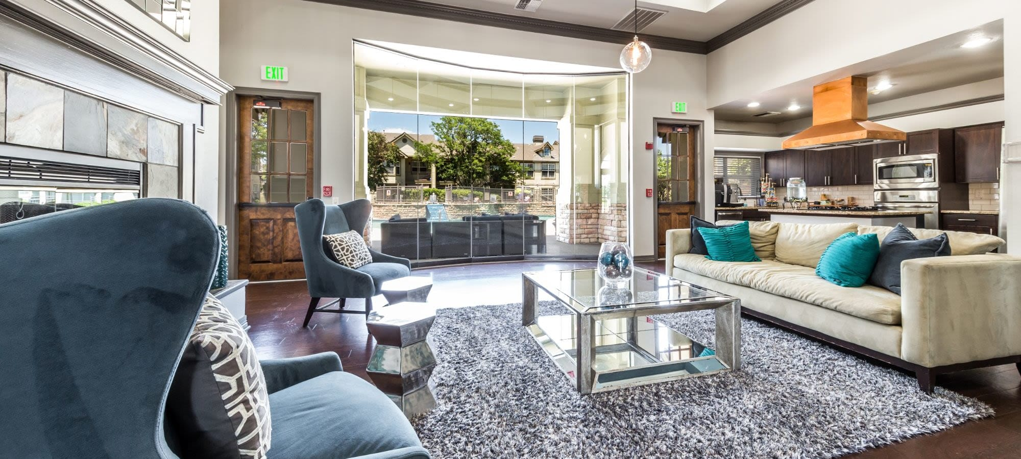 Apply to live at Marquis at Town Centre in Broomfield, Colorado