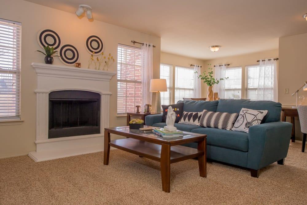 Living room at Tuscany Hills at Nickel Creek