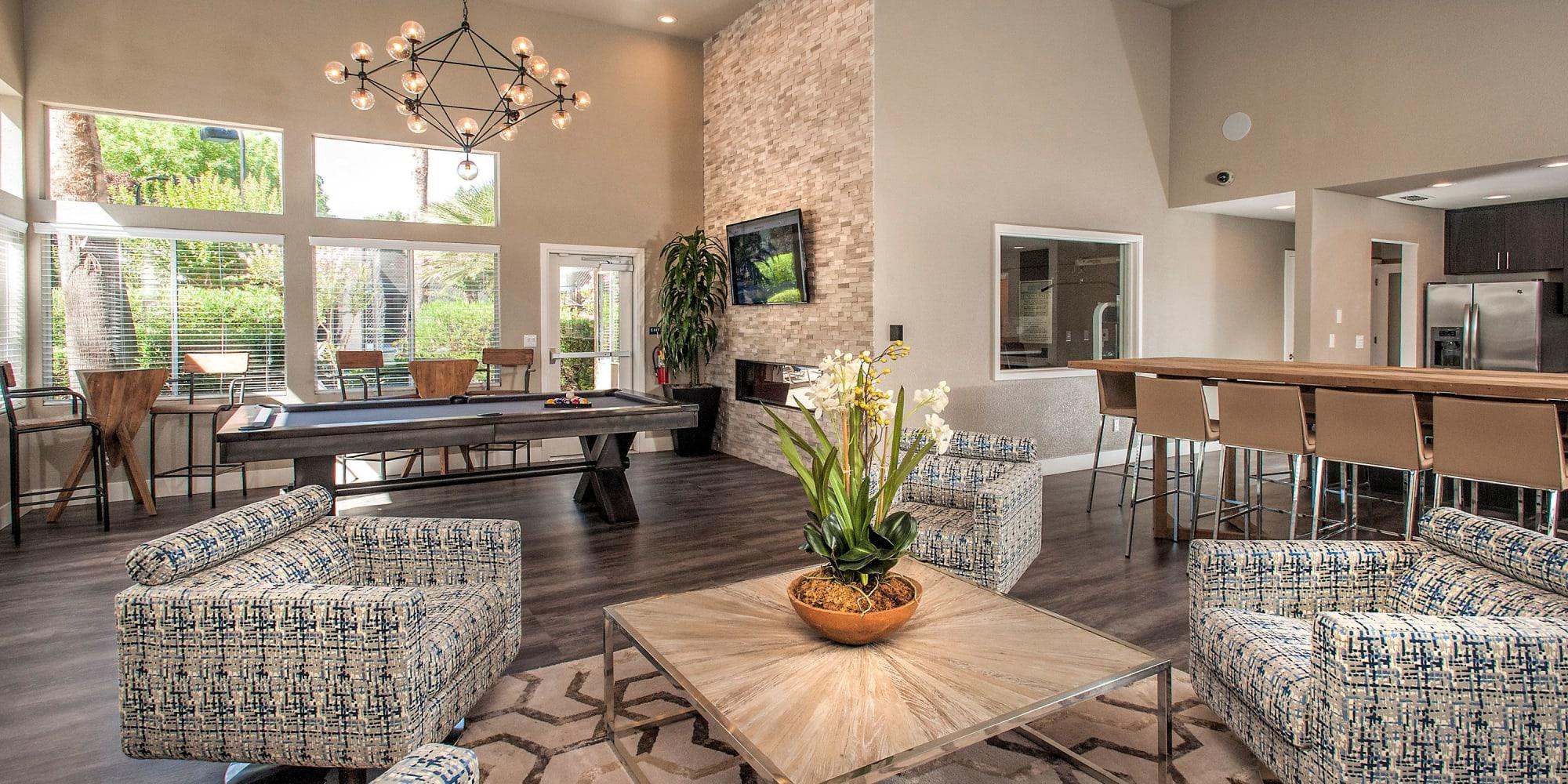 Apartments at Shore Park at Riverlake in Sacramento, California