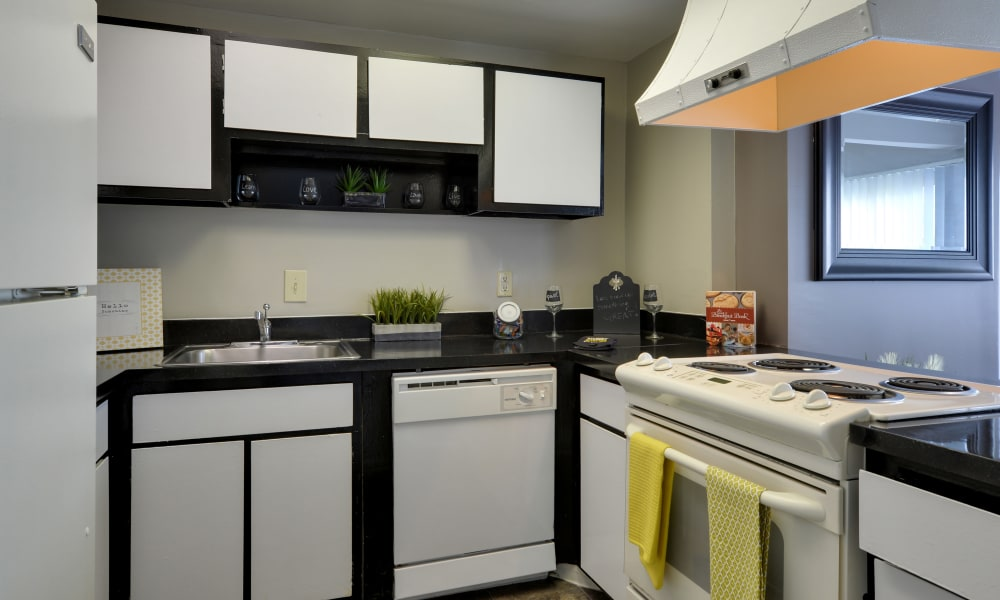 Modern kitchen at The Colony at Towson Apartments & Townhomes in Towson, MD