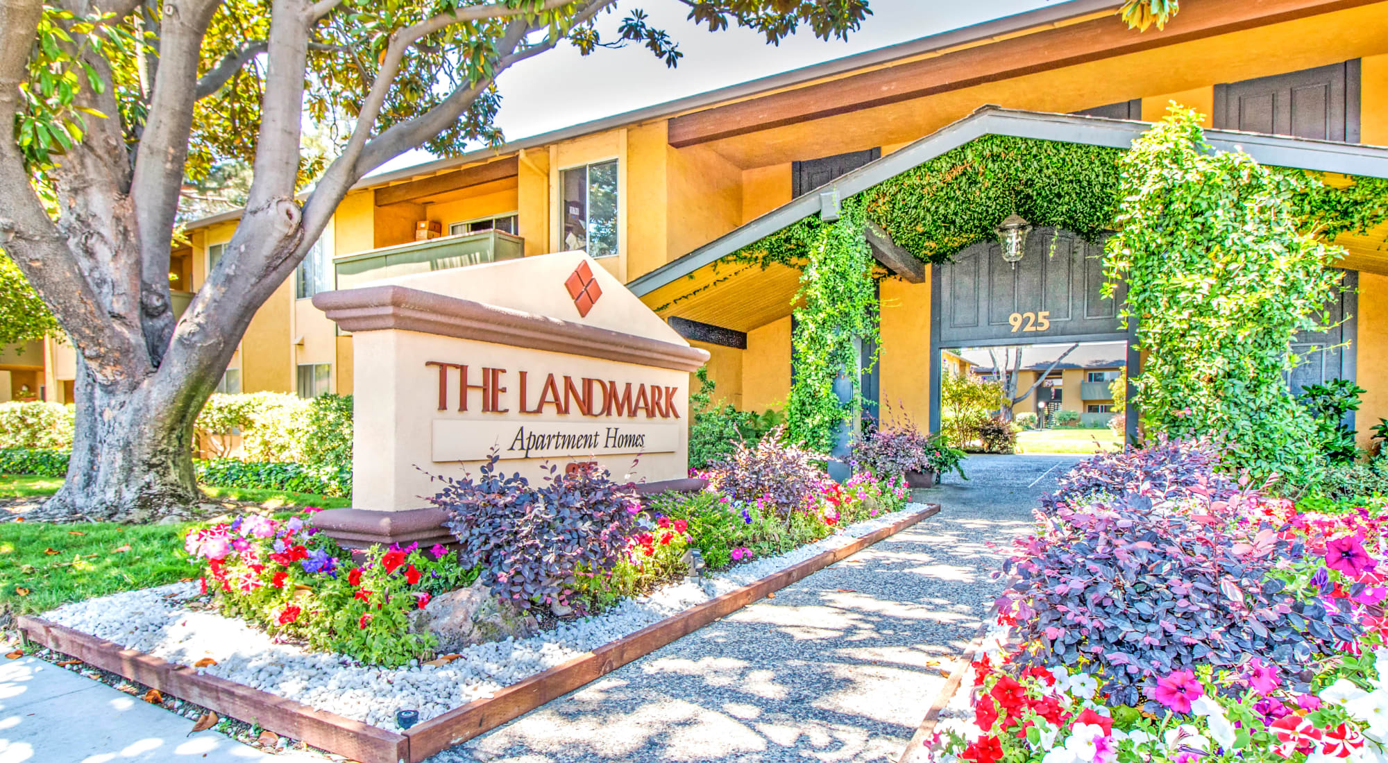 Map and directions to The Landmark Apartment Homes in Sunnyvale, California