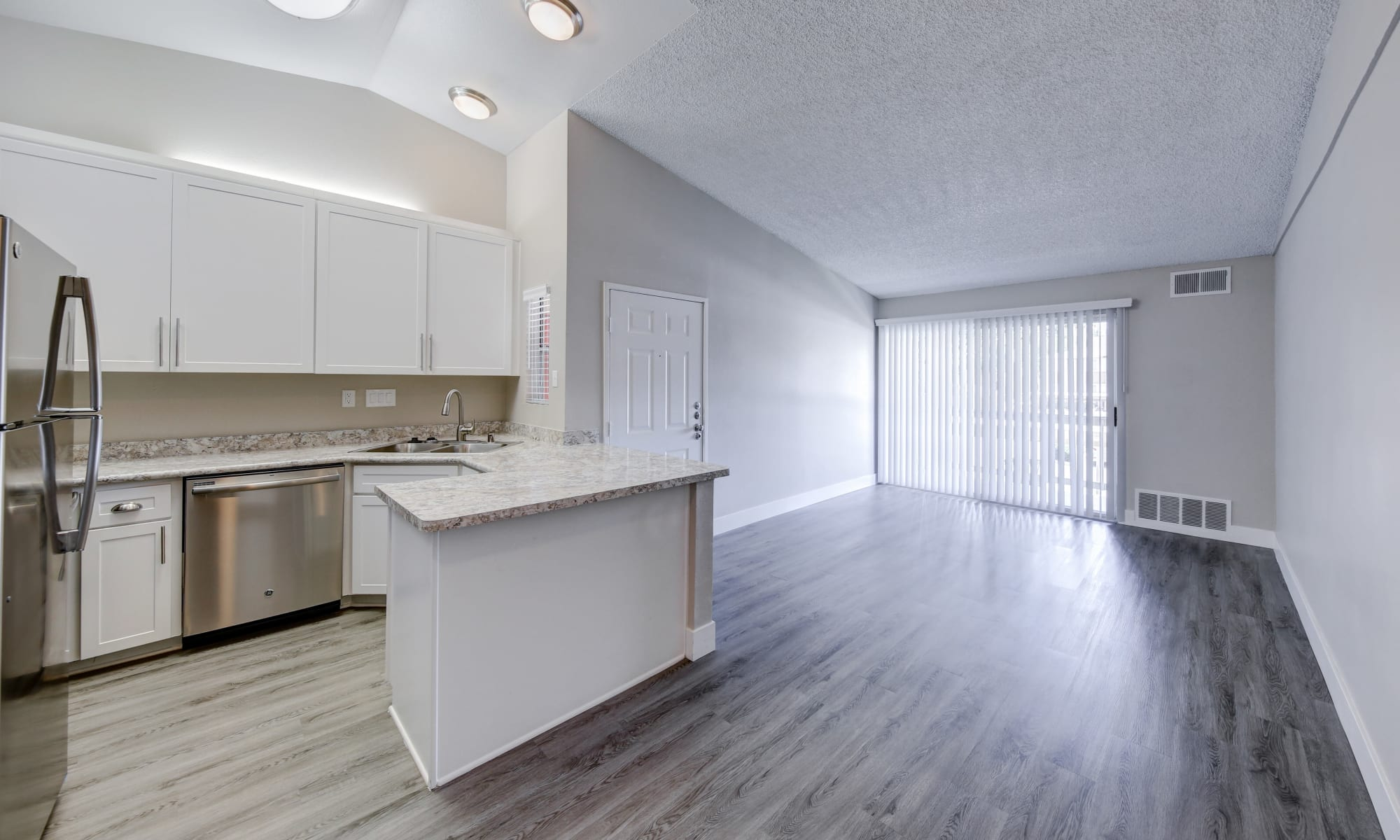 Spacious Upgraded Floor Plans at Redlands Lawn and Tennis Club