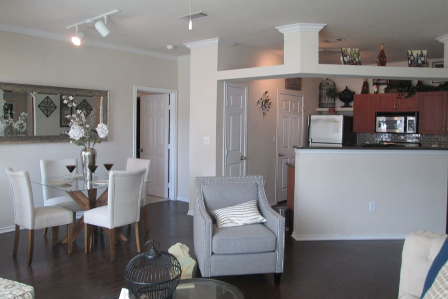 Apartment interior view at Stone Lake Apartments in Grand Prairie, Texas