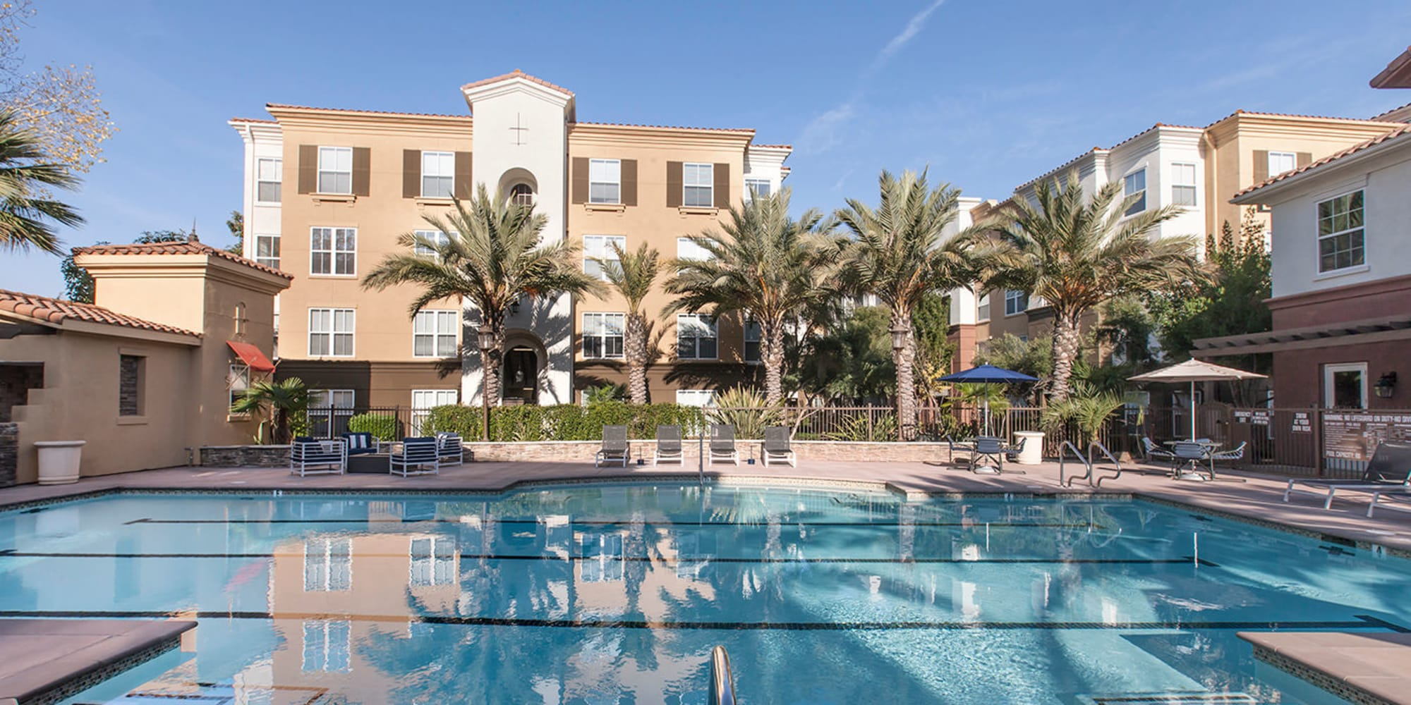 Apartments at Park Central in Concord, California