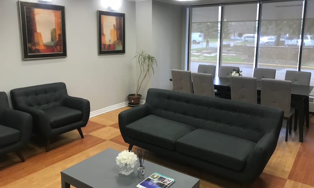 Business Center at Apartments in Richmond Hill, ON