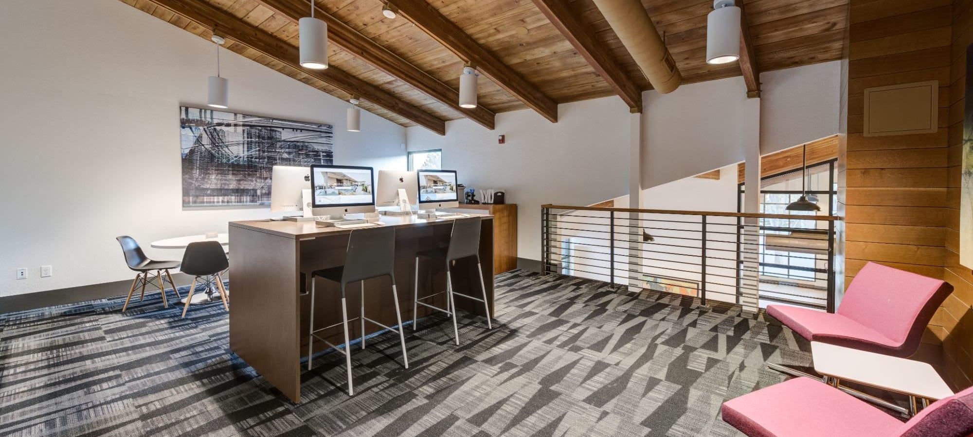 Schedule a tour of Ashford Belmar in Lakewood, Colorado
