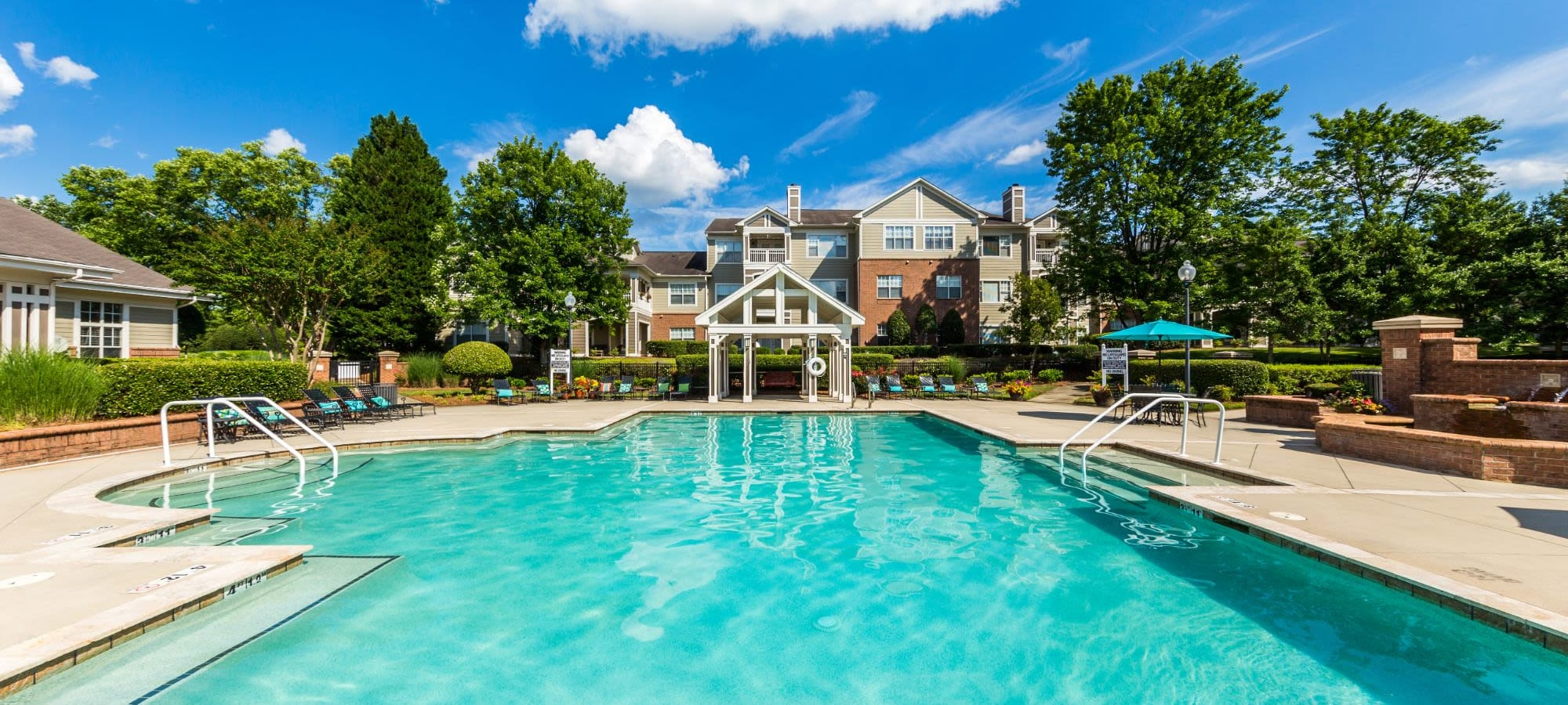 Amenities at The Preserve at Ballantyne Commons in Charlotte, North Carolina