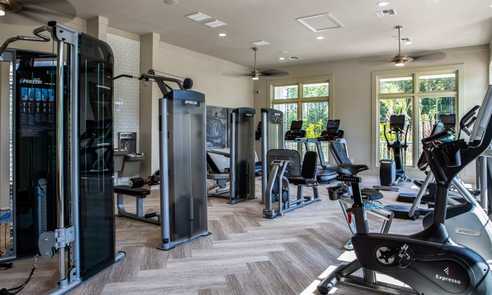 Alta Brighton Park offers a spacious fitness center in Summerville, South Carolina