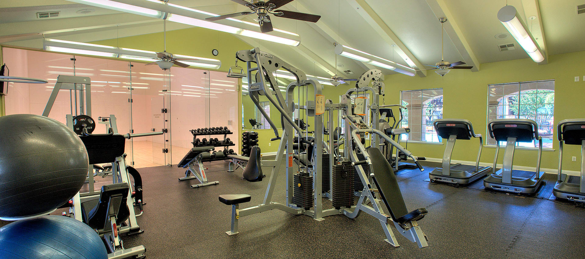 Fitness center at River Oaks Apartment Homes in Vacaville, California