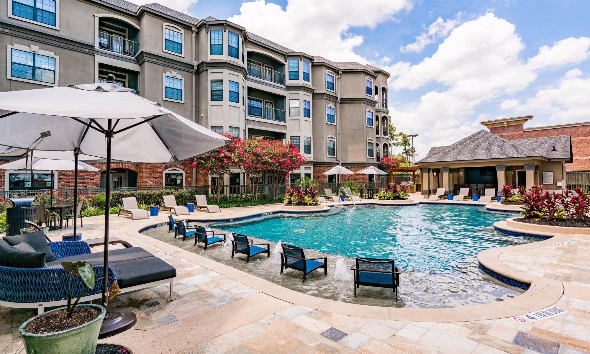 Apartments at The JaXon in Kingwood, Texas