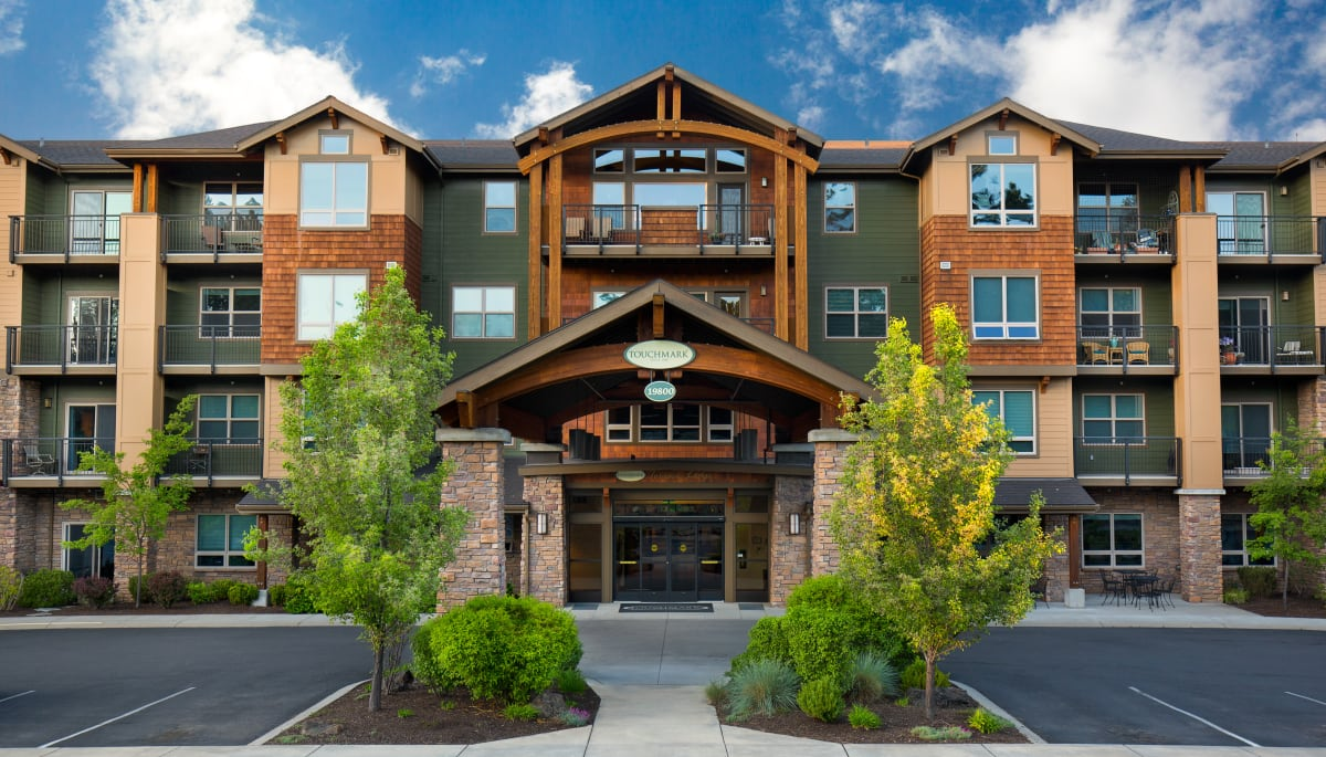 The main entrance at Touchmark at Mount Bachelor Village in Bend, Oregon