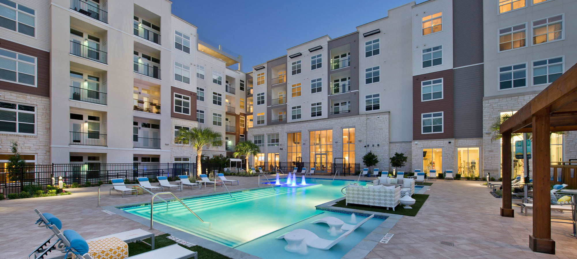 Luxury Apartments & Townhomes in Mid-West Houston, TX ...