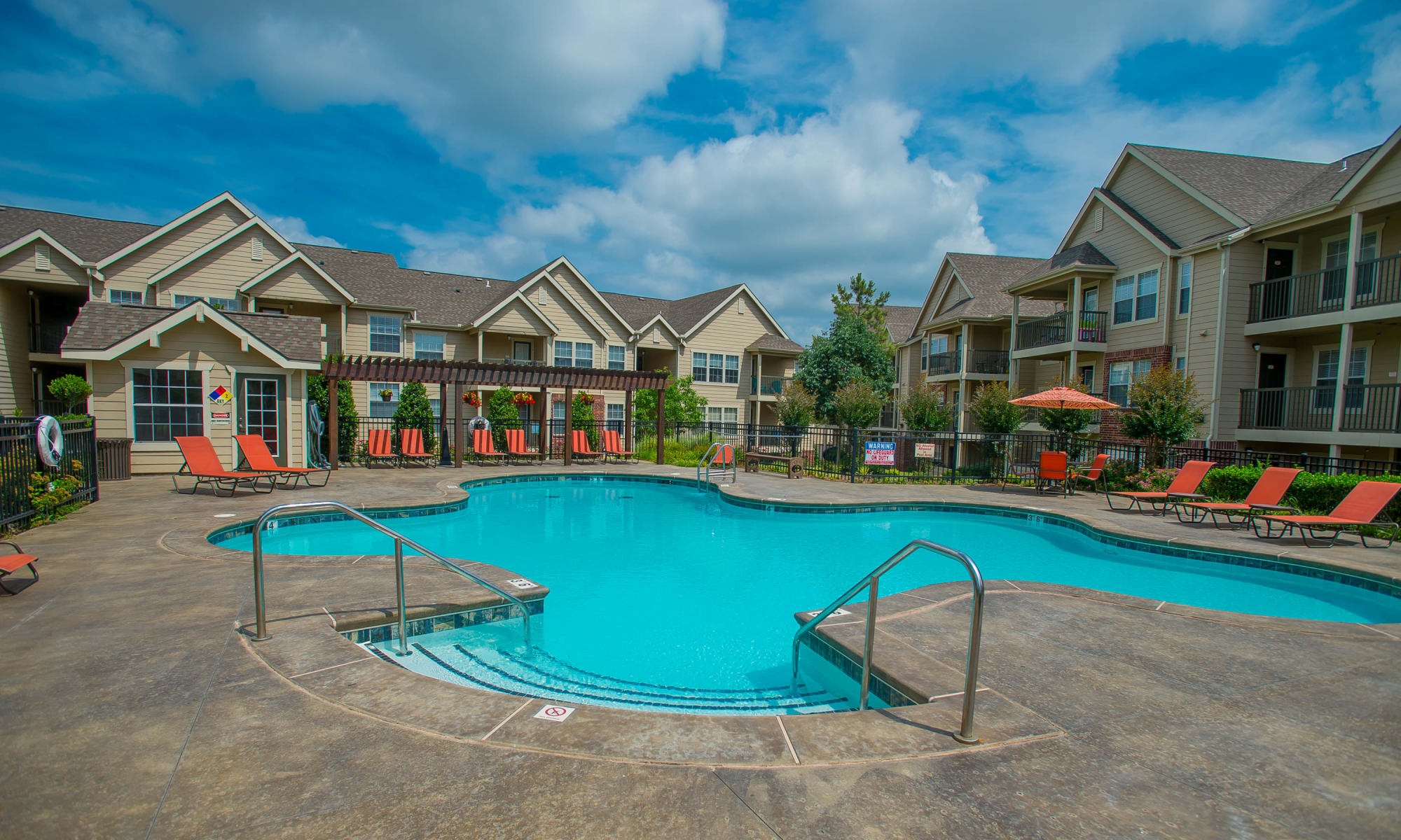 Nickel Creek Apartments in Tulsa, Oklahoma