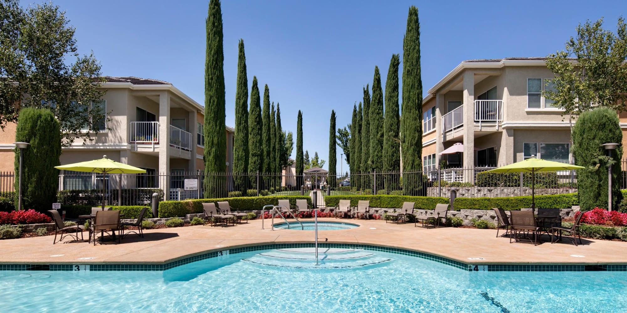 Folsom, California, apartments at Iron Point at Prairie Oaks