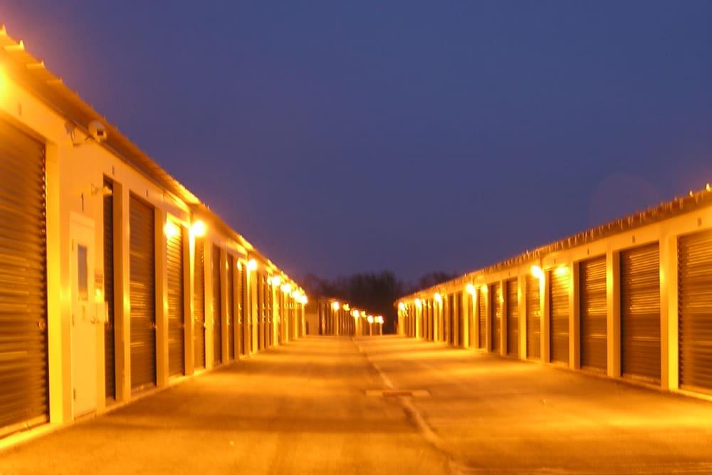 Exterior units at Storage Authority Land O' Lakes in Land O' Lakes, FL