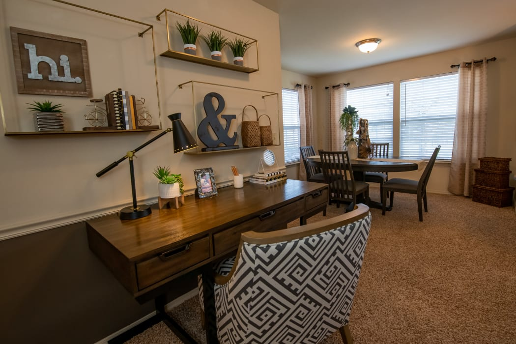 Office and dining nook at Park at Mission Hills in Broken Arrow, Oklahoma