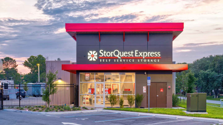 StorQuest Express opens modern 24/7 Self Storage Facility in Kissimmee, FL