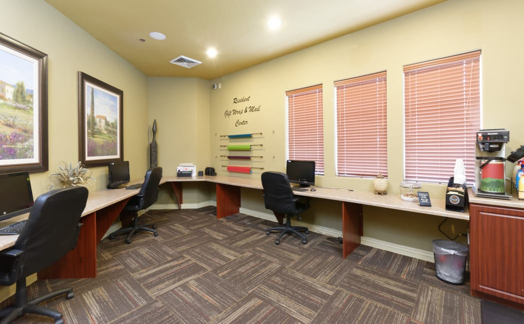 Business center with computers for resident use at Waterford at Peoria in Peoria, Arizona