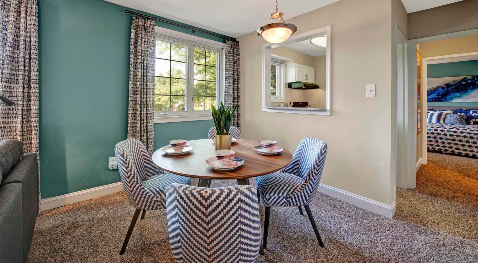 Floor plans at Braddock Lee Apartments in Alexandria, Virginia