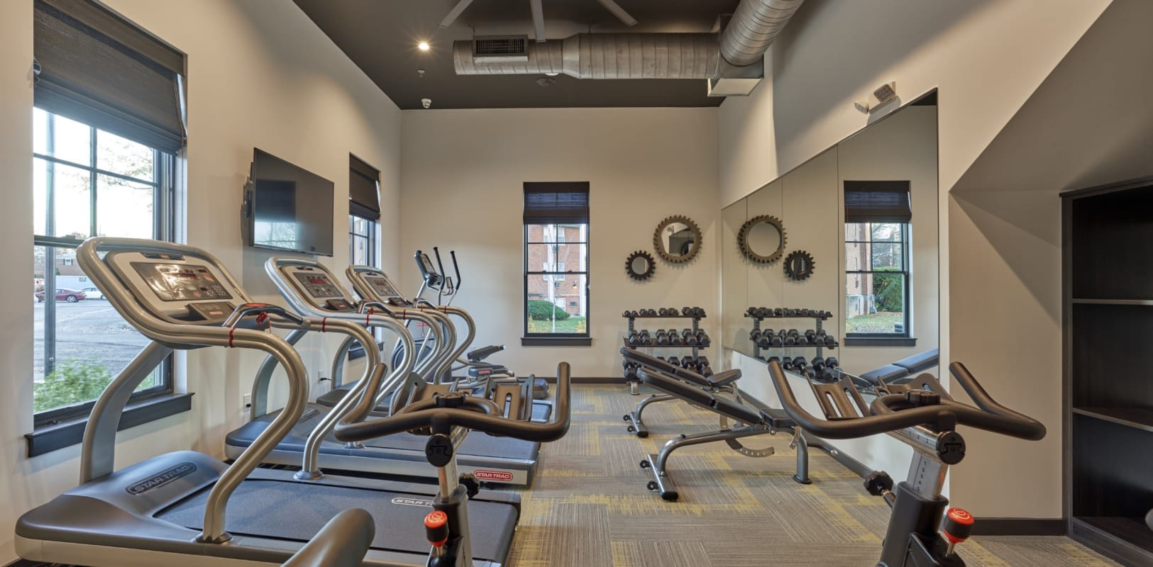 Well-equipped onsite fitness center at The Mills at Lehigh in Bethlehem, Pennsylvania