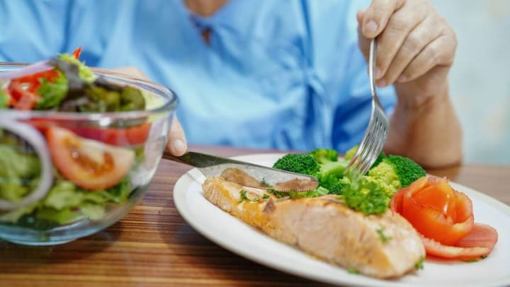 Are you caring for an individual living with dementia? Proper nutrition holds special importance. Here are some tips to help optimize nutritional health for your loved one.