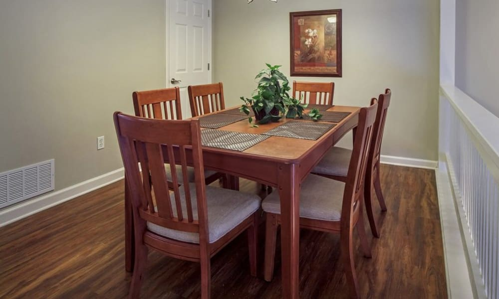 Dining area at Nineteen North Apartments in Pittsburgh, Pennsylvania