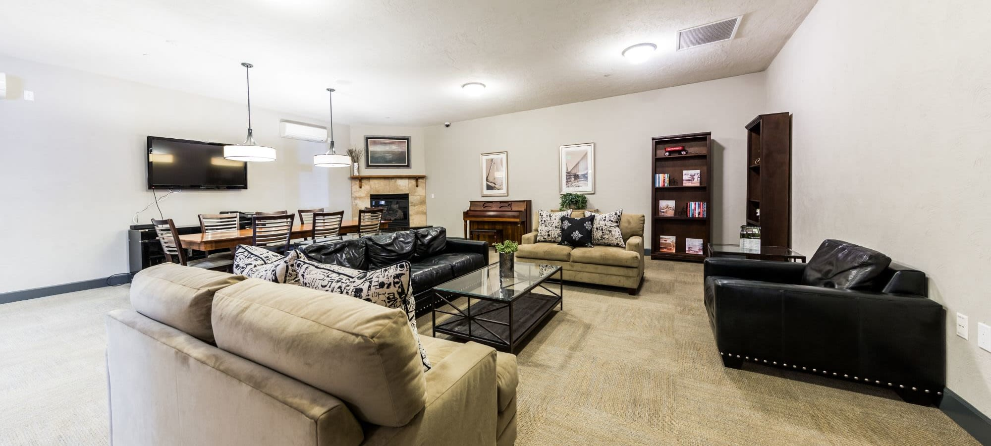 Apply to live at Copperline at Point Ruston in Tacoma, Washington