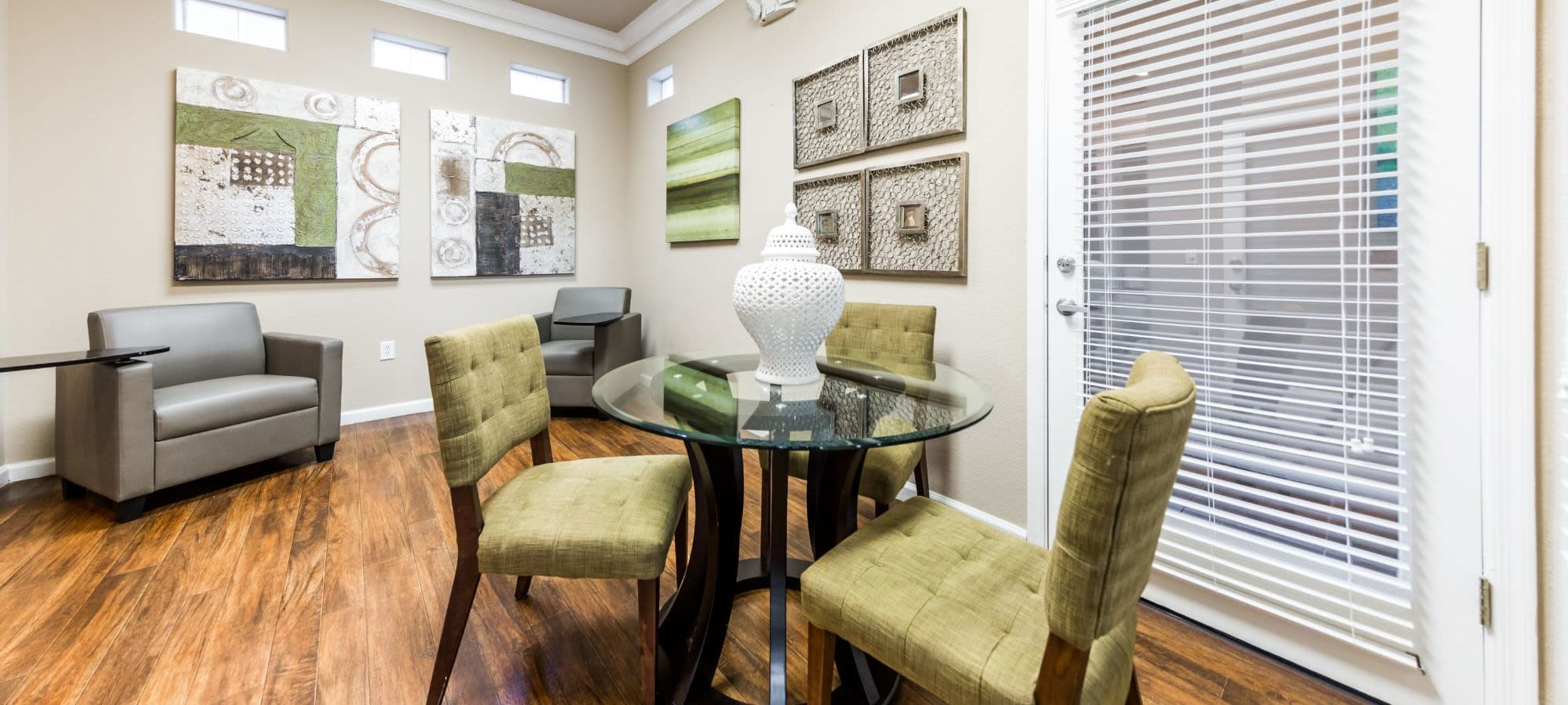 Resident information for Marquis at Arrowhead in Peoria, Arizona