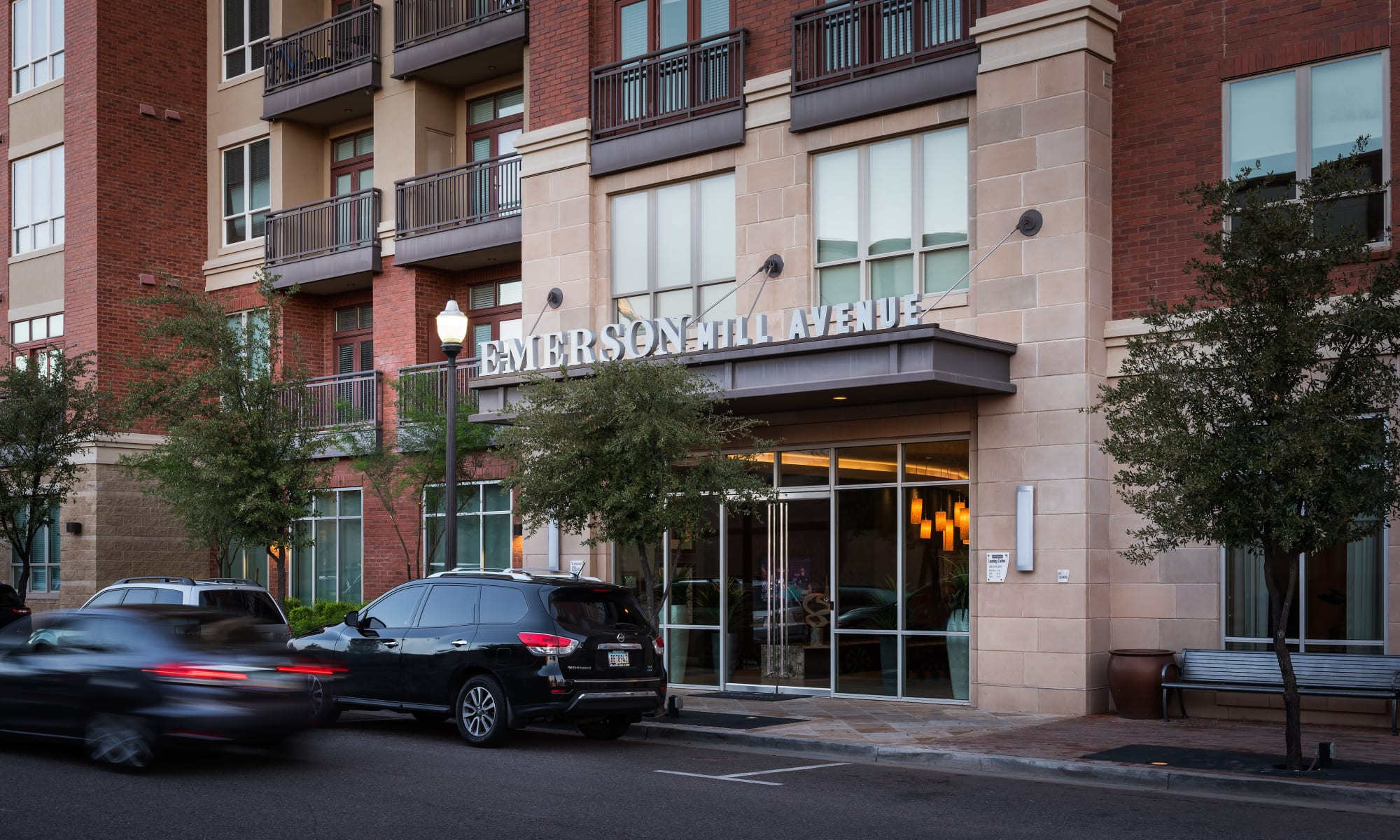 Luxury Apartments at Emerson Mill Avenue in Tempe, Arizona