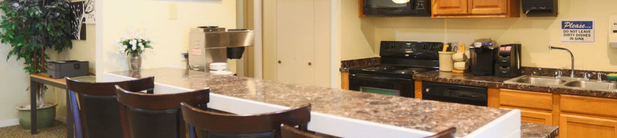 Apartments with private patio amenities at oakbrook - 2 bedroom apartments vancouver wa ...