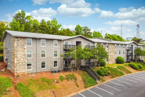 HighPointe Apartments in Birmingham, AL